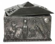 Lucky Charm Box by Tina Tarrant