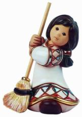 Sweeping Beauty, Everything Nice Figurine by De Rosa