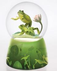 Twinkle Frogs On Lily Pad Snowglobe (Tune: Singing In The Rain )