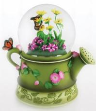 Twinkle Watering Can Snowglobe (Tune: Flower Song)